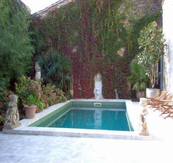 Country french antiques velvet linen for Garden city pool jobs
