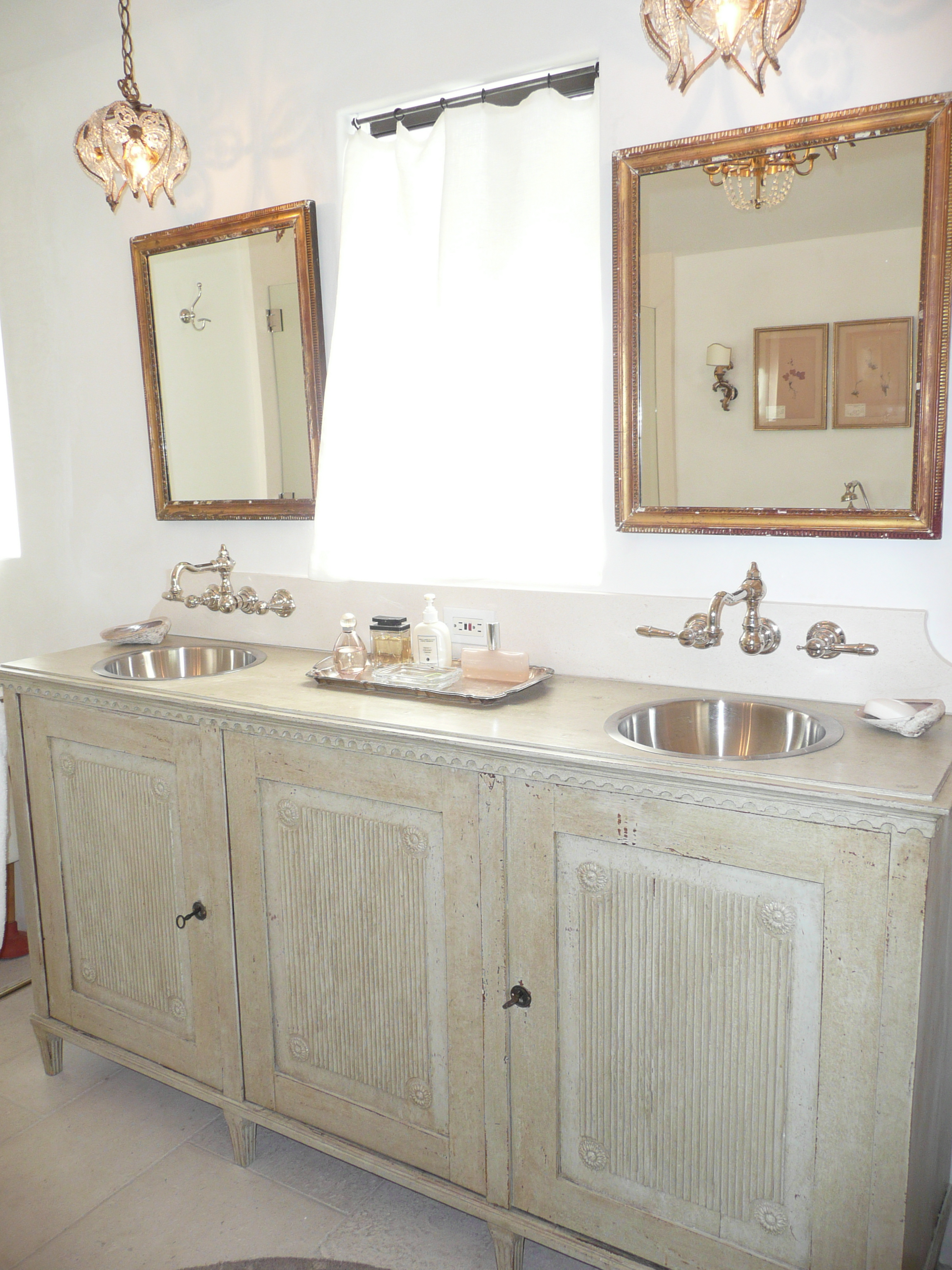 Gustavian Vanity