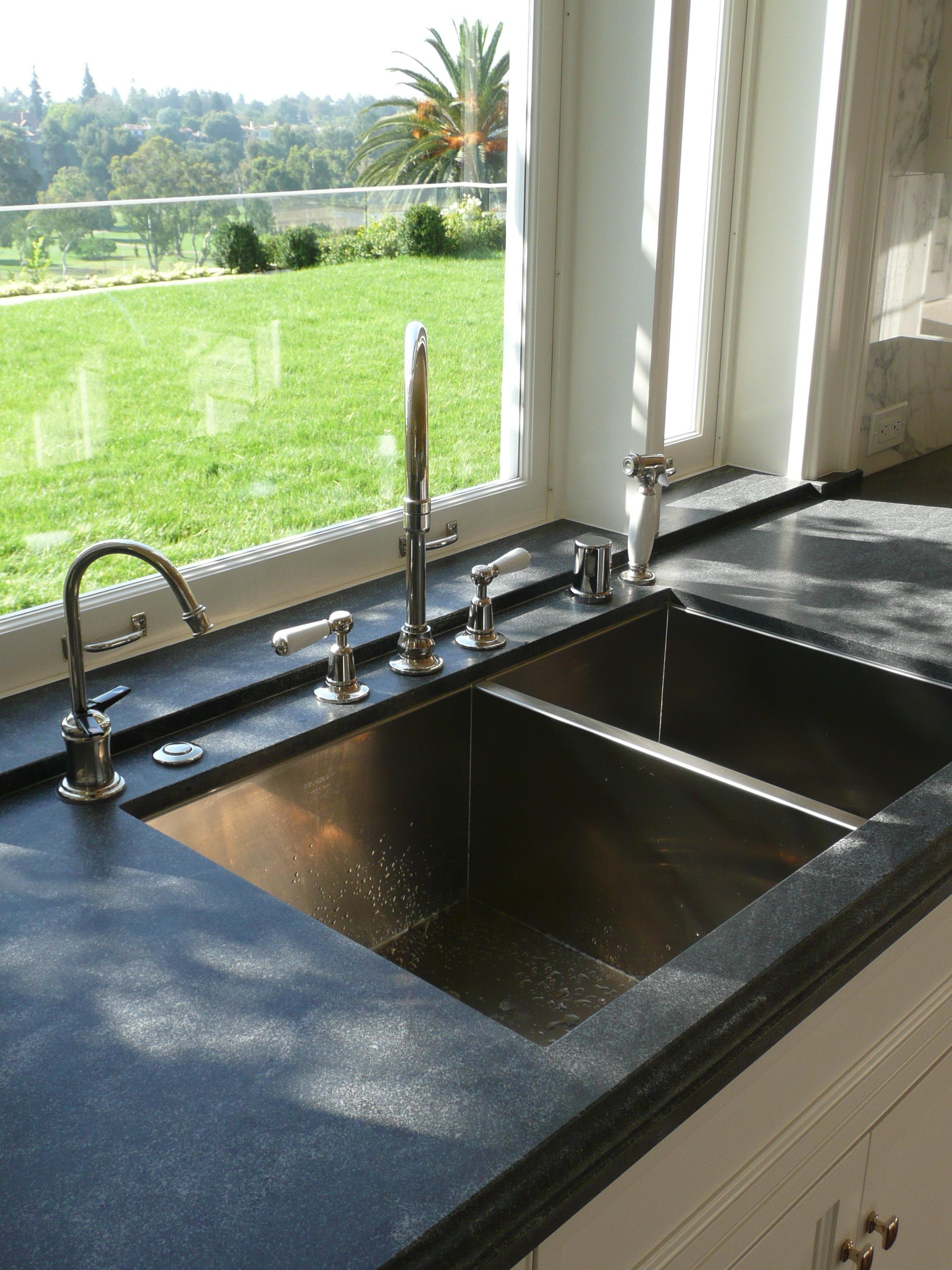Velvet & Linen: plumbing fixtures