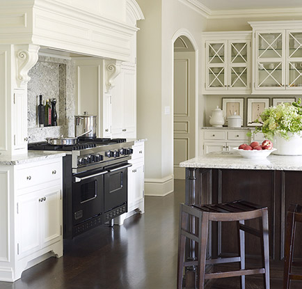 Suzanne Kasler kitchen