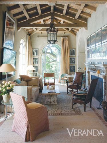 Ver-saladino-livingroom-lg