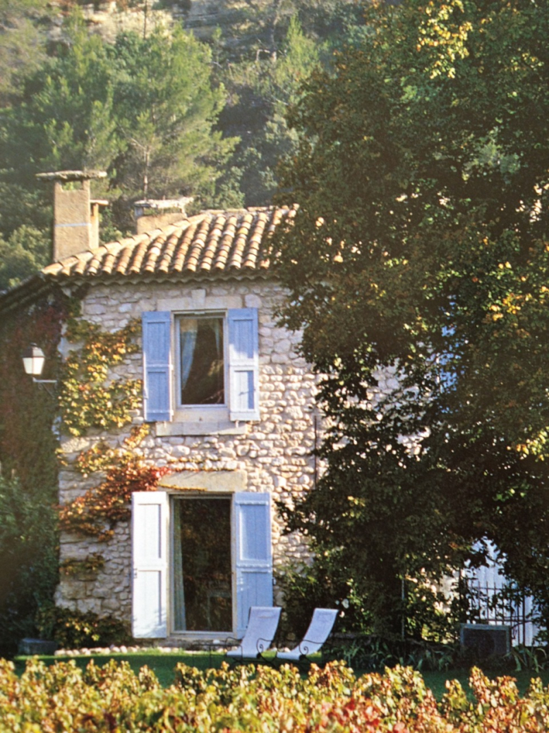 Stone houses velvet linen for Stone french country homes