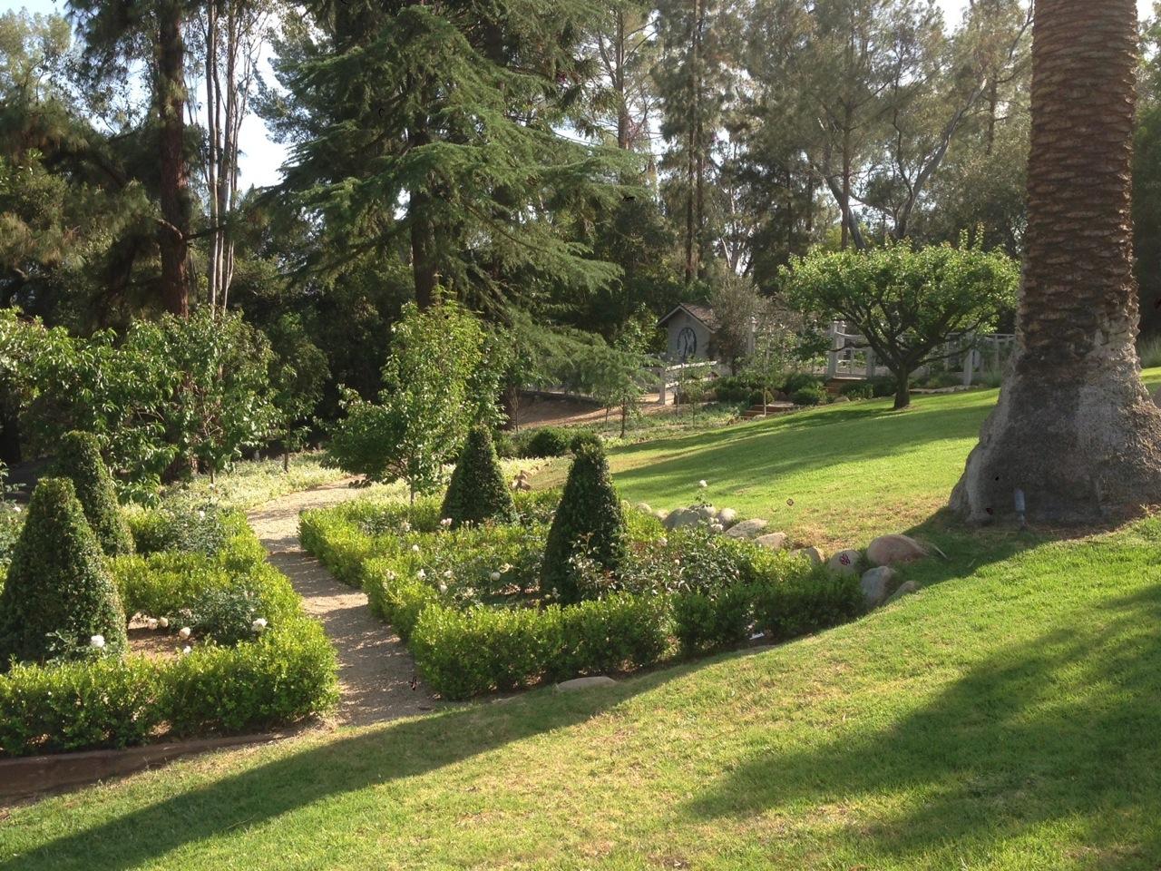 giannetti home our clients u0027 beautiful garden velvet u0026 linen