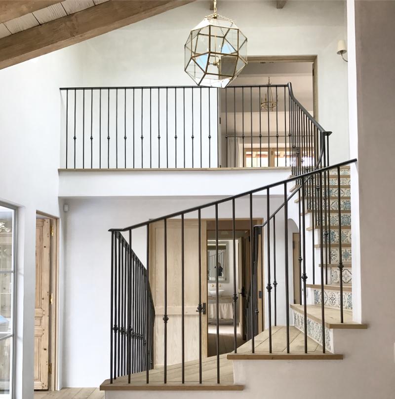 Giannetti Home Malibu Stair