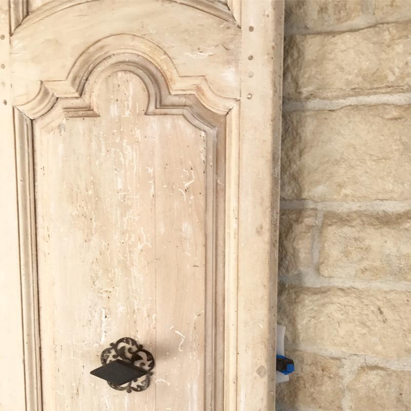 Giannetti Home Malibu Antique Door Detail