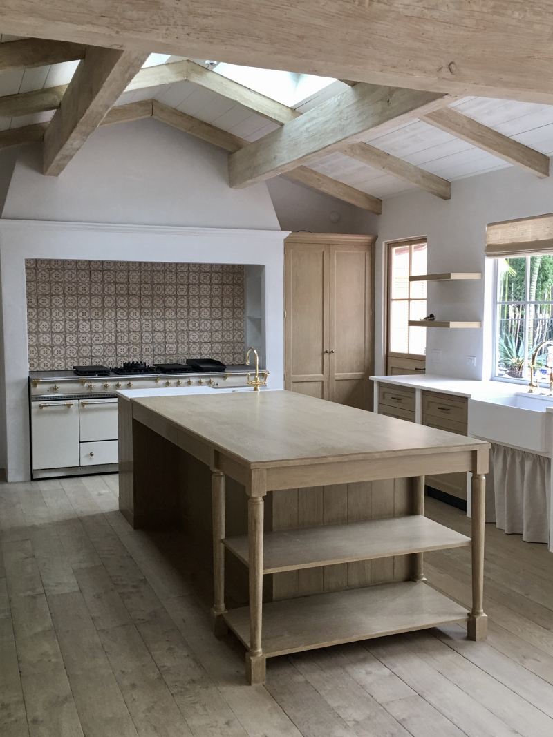 Giannetti Home Malbu Kitchen Island