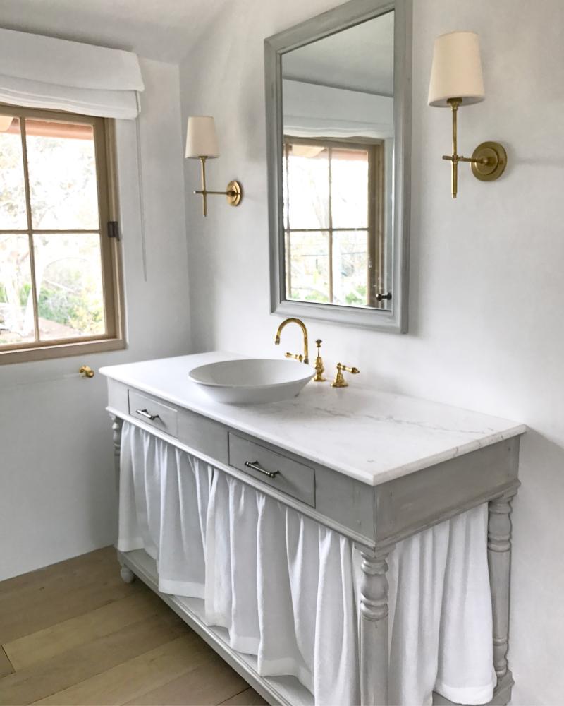 Giannetti Home Malibu Master Bath